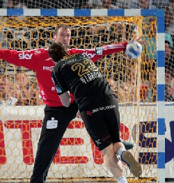Not even Omeyer was enough to save Kiel