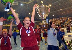 Polenova and Saidova with the cup / Photo by Leo Hagen