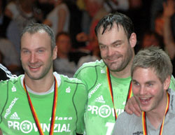 Omeyer and Martini celebrate the German title together