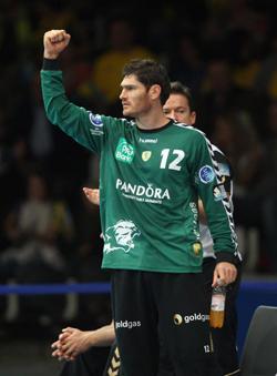 Henning Fritz celebrating.