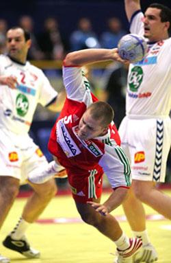 Császár scored 7 for his new team