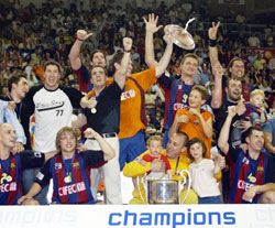 Barcelona are record holders with 6(!) CL titles