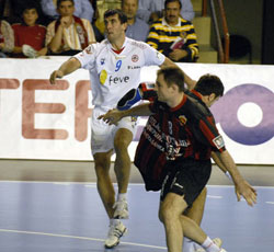Garralda in the CL against Skopje