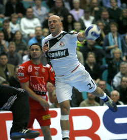 Hjermind in the last 16 of the Champions League with Kolding