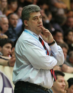 The coach is thinking about how to get the point back