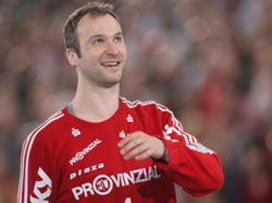 Omeyer and Karabatic are good advertisement for the French players