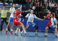 The Russian player is the centre of defence in Hamburg
