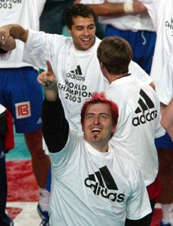 Sola celebrating the World Championship title