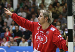 Sola got used to playing in front of a full house in Veszprém