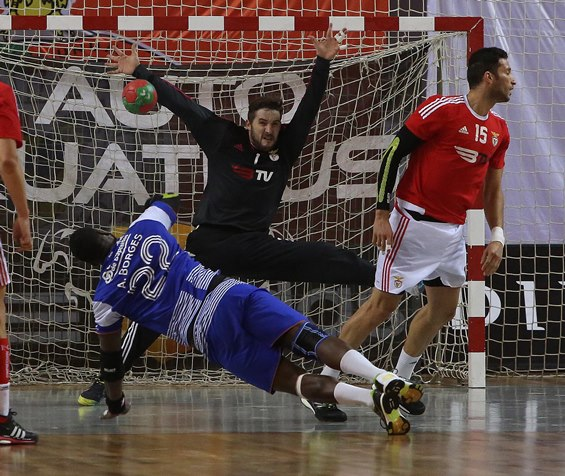 European Handball Federation - Benfica wait for ABC UMinho in the ... 13eec258458ff