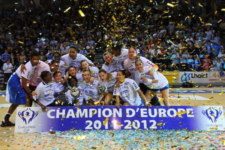 EHF-Challenge-Cup-Women-Winners-HAC-Handball-2012450
